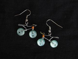 Earring Urbana shiny light turquoise