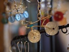 Ohrringe und Schlüsselanhänger | Aretes y llaveros |Earrings and key rings